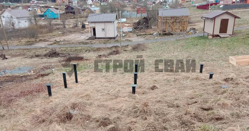 Свайно-винтовой фундамент на склоне в Грузино Парк