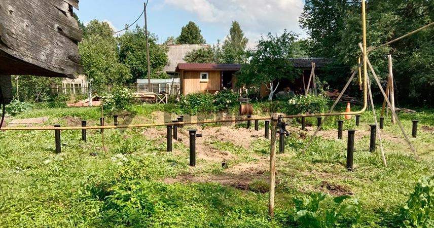 Завинчивание 22 свай 108 мм под дом в поселке Любань