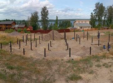 Свайно-винтовой фундамент под дом в коттеджном поселке VUOKSA ECOLAND
